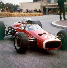 Bruce McLaren with McLaren M4B BRM, 1967 Monaco Grand Prix