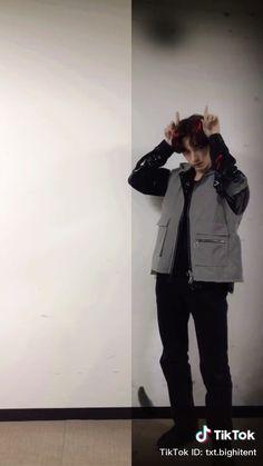 Jimin Jungkook, Taehyung, K Pop, Heirs Korean Drama, Bts Aesthetic Pictures, Pop Group, Winwin, Rain Jacket, Husband