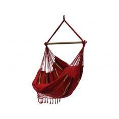 Hangstoel Roos met franjes. € 104,99 Sterke hangstoel met sierrand, franje. Ambachtelijk gemaakt in Brazilië. Prachtige diepe kleuren. De decoratieve hangstoelen zijn ideaal om rustig in te schommelen of heerlijk een boek in te lezen. Inclusief houten ophangstok.