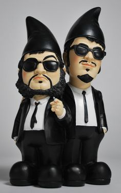 I usually don't like gnomes, but Blues Brothers gnones?  Maybe...