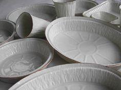 porcelain mimicking aluminum