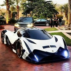 Devel Sixteen 12.3Ltr V16 Quad Turbo 5,007hp Z_litwhips