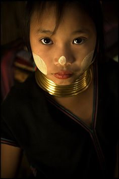 A little girl from the Karen Padaung Ethnie. North of Thailand near Mae Hong song