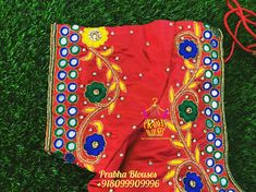 Mirror Blouse Design, Mirror Work Blouse, Zardosi Embroidery, Hand Embroidery, Embroidery Designs, Half Saree Lehenga, Sarees, Maggam Work Designs, Pattu Saree Blouse Designs