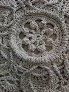 This beautiful romantic small rug is handmade, crochet. Handmade Rugs, Handmade Items, Shabby Chic Lamps, Round Rugs, Beautiful Patterns, Small Rugs, Boho Style, Boho Fashion, Macrame
