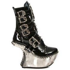 M.EXT005-C2 New Rock Black Patent Heel-less Platform Boots