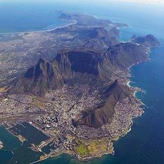 Places To Travel, Places To Visit, Namibia, Le Cap, Cape Town South Africa, Most Beautiful Cities, Africa Travel, Day Tours, Aerial View