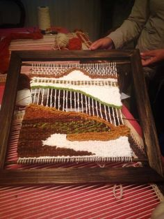 ETNIA COLOR: Trabajos de algunas alumnas Loom Weaving, Tapestry Weaving, Wall Tapestry, Weaving Wall Hanging, Weaving Techniques, Fiber Art, Decoupage, Crafts, Quilts