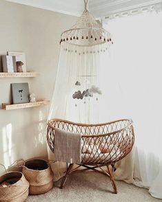5 reasons to go for a rustic baby room - chambre enfant - HoMe Baby Bedroom, Nursery Room, Girl Nursery, Nursery Ideas, Room Ideas, Canopy Bedroom, Bedroom Kids, Bedroom Brown, Nursery Decor