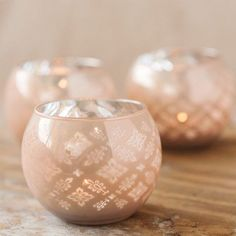 These patterned votive holders will make you the minimalist bride of the year with just the right touch of elegance and simplicity. Adorn your wedding tables with these and get the whole room glowing.