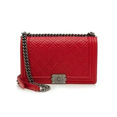 Rental Chanel Calfskin Quilted New Medium Boy Bag (12,490 THB) ❤ liked on Polyvore featuring bags, handbags, red, chain strap purse, chain handbags, red purse, red handbags and chanel