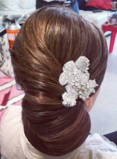 Noiva smooth chignon