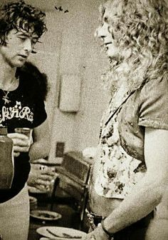 Jimmy Page and Robert Plant, Led Zeppelin Jimmy Page, Rock And Roll Bands, Rock N Roll, Great Bands, Cool Bands, Page And Plant, Robert Plant Led Zeppelin, John Bonham, Whole Lotta Love