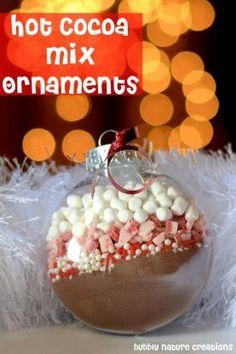 Regalate una cioccolata calda formato pallina di Natale