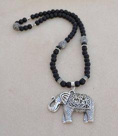 Natural stone necklace made of 8 mm smooth shungit balls. Jewelry Crafts, Handmade Jewelry, Black Jewelry, Jewelery, Mermaid, Jewelry Design, Beads, Macrame, Etsy
