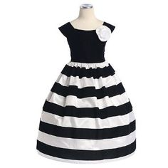 Halloween wedding?? Black and White Flower Girl Dress with black ...