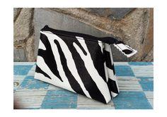 Monederos - Monedero triple Zebra - hecho a mano por Arethaju en DaWanda
