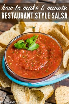 restaurant style In just 5 minutes you can whip up THE BEST easy restaurant style salsa. Adjust the smoothness and amount of spice to your liking. Serve over your favorite Mexican dinners. via tastesoflizzyt Resturant Style Salsa, Mexican Restaurant Salsa, Mexican Salsa Recipes, Easy Restaurant, Mexican Dinners, Restaurant Salsa Recipes, Best Salsa Recipe, La Fiesta Salsa Recipe, Salads