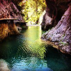 Rios y sonrisas de la Matarraña en Teruel #SienteTeruel Countryside Hotel, Places To Travel, Places To Visit, Magic Places, Country Scenes, Arran, Spain And Portugal, Tourism, Landscape