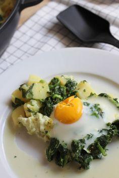 Leckeres und schnelles Rezept für einen Kartoffel-Spinat-Auflauf für Groß und Klein am gemeinsamen Familientisch. Probiert es aus!