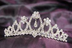 New Beautiful Bridal Wedding Tiara Crown Crystal « Dress Adds Everyday