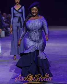busty women see these Beautiful Big and beautiful ankara gown styles for plus size ladies, plus size ankara gown for busty ladies African Fashion Ankara, African Fashion Designers, African Print Dresses, African Print Fashion, Ethnic Fashion, African Dress, African Prints, Fashion Mode, Curvy Fashion