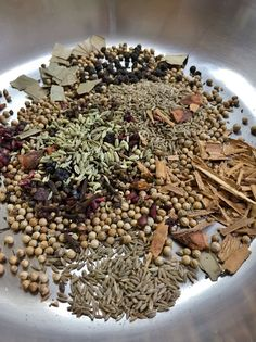 Chole Masala Powder Recipe, Indian Dishes, How To Dry Basil, Spices, Beans, Cooking, Recipes, Food, Cucina