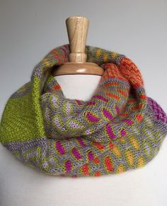 Birmingham cowl by A.Opie Designs w/assorted slip stitch designs Knit Cowl, Knitted Shawls, Crochet Scarves, Knit Crochet, Shawl Patterns, Knitting Patterns, Crochet Patterns, Stitch Patterns, Birmingham