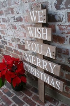 Last Trending Get all images wood pallet christmas decorations Viral img Best Outdoor Christmas Decorations, Pallet Christmas Tree, Christmas Tree Painting, Noel Christmas, Rustic Christmas, Xmas Decorations, Winter Christmas, Christmas Tree Ornaments, Pallet Decorations
