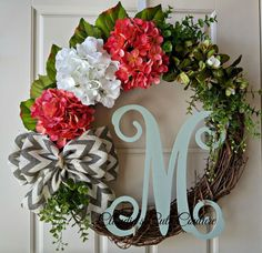 Spring Wreath,Spring Door Wreath,Front Door Wreath,Wreath for Door,Wreaths,DoorHangers,Hydrangea Wreath,Mothers Day Gift,Wreaths for Spring, Year Round Wreath  Natural, simple, elegant, shabby chic, rustic....great for ANY decor!!!  made on 18 inch natural grapevine base The finish decoration measure 21-22 inch Upgrade you 18 inch wreath to 24 inch https://www.etsy.com/listing/267887573/upgrade-my-wreath-to-24?ref=listing-shop-header-1  Upgrade your 18 inch wreath to 30 inch…