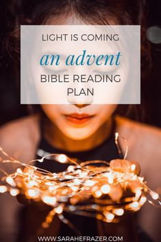Celebrate a Christ-centered Christmas and a meaningful Advent season with this Bible study guide. Let this Advent Bible reading plan help you celebrate the birth of Jesus. || Sarah E. Frazer