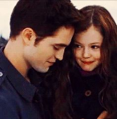 Breaking Dawn Part 2. Edward and Renesmee