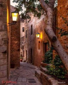 The alleys of Monemvasia, Greece Santorini, Places To Travel, Places To See, Places Around The World, Around The Worlds, Monemvasia Greece, Beautiful Places, Beautiful World, Toscana