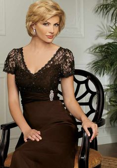 Helenebridal offer wide range of mother of the bride dresses at affordable price. hurry new collection of mother of the bride dresses arriving in store now! Wedding Dress Styles, Bridal Dresses, Bridesmaid Dresses, Dress Wedding, Mother Of Groom Dresses, Mothers Dresses, Vestidos Mob, Mob Dresses, Dressy Dresses