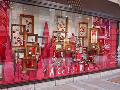 Christmas Shop Displays, Shop Window Displays, Store Displays, Christmas Themes, All Things Christmas, Christmas Decorations, Pop Design, Display Design, Fancy Schmancy