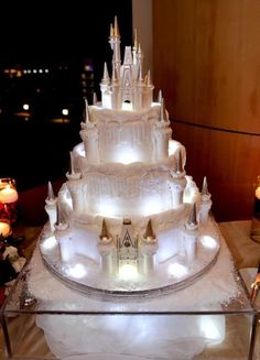 If you can't be married in a castle, at least recreate one for your cake.