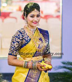 Wedding Saree Blouse Designs, Pattu Saree Blouse Designs, Half Saree Designs, Fancy Blouse Designs, Dress Designs, Henna Designs, Indian Bridal Sarees, Indian Bridal Fashion, Indian Bridal Wear