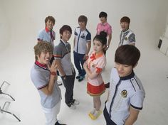 look at dongwoo being hyper~