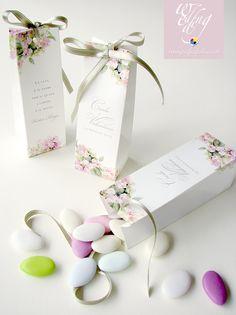 Novità 2015! Pochette portaconfetti con decoro ortensia in versione rosa.