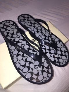 391d8e09720a EXCELLENT CONDITION COACH Signature LYRA Thong PVC Jelly Flip Flops -Worn  Twice  fashion  clothing  shoes  accessories  womensshoes  sandals (ebay  link)