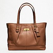 Structured Leather Work Bag. Must Be Wide Enough for ridiculous 15.6 in laptop... Camel or Black Leather.