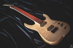 """Skervesen Raptor 6 spec: 25,5"""" scale, Polish ash body, flamed maple top in high gloss finish, maple/walnut neck, bloodwood fretboard(!). 019 headstock. Jescar stainless frets, each levelled with 0,04mm accuracy, manually recrowned and polished. Handmade Bare Knuckle Cold Sweat calibrated set in chrome covers, lifetime warranty. World Domination Mod controls (humbucking/coil split/acoustic mod),"""