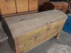 Fa ládák ok - Antik bútor, antique furniture Hope Chest, Antique Furniture, Storage Chest, Shabby Chic, Antiques, Vintage, Home Decor, Antiquities, Antique