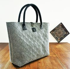 Hey, I found this really awesome Etsy listing at https://www.etsy.com/listing/227267246/gray-felt-bag-handmade-bagleather