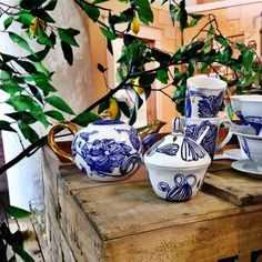 Monday morning spot of tea. Love these classic blue-and-white designs gone slightly modern from @anthropologie. #Tea #monday #anthropologie #blueandwhite