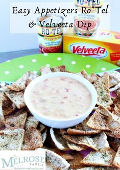 One of my favorite quick and easy appetizers to turn to in a pinch is Ro*Tel Quick And Easy Appetizers, Easy No Bake Desserts, Great Desserts, Easy Dinner Recipes, Delicious Desserts, Traditional Easter Desserts, Trifle Pudding, Homemade Snickers, Cheesecake Desserts