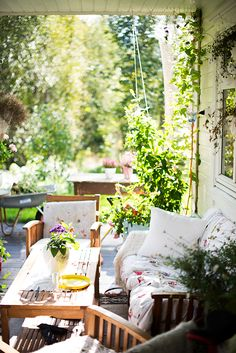 and everything nice! Small Gardens, Outdoor Gardens, Outdoor Spaces, Outdoor Living, Porch Styles, Forest House, Decks And Porches, Country Farmhouse, My Dream Home