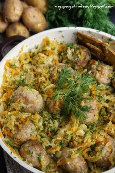 Pulpety duszone w młodej kapuscie - Meatballs Stewed In Young Cabbage - Translation available in English Baby Food Recipes, Dinner Recipes, Cooking Recipes, Healthy Recipes, I Love Food, Good Food, Yummy Food, Salmon Recipes, Chicken Recipes