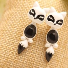 Pair of Chic Colored Fox Drop Earrings For Women-3.27 and Free Shipping| GearBest.com