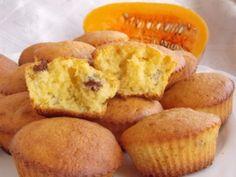 Тыквенные кексы с изюмом - просто и вкусно!